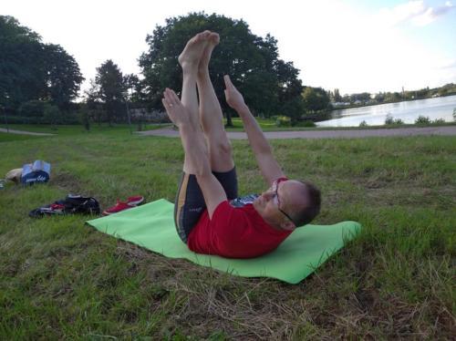 cours de Pilates en extérieur
